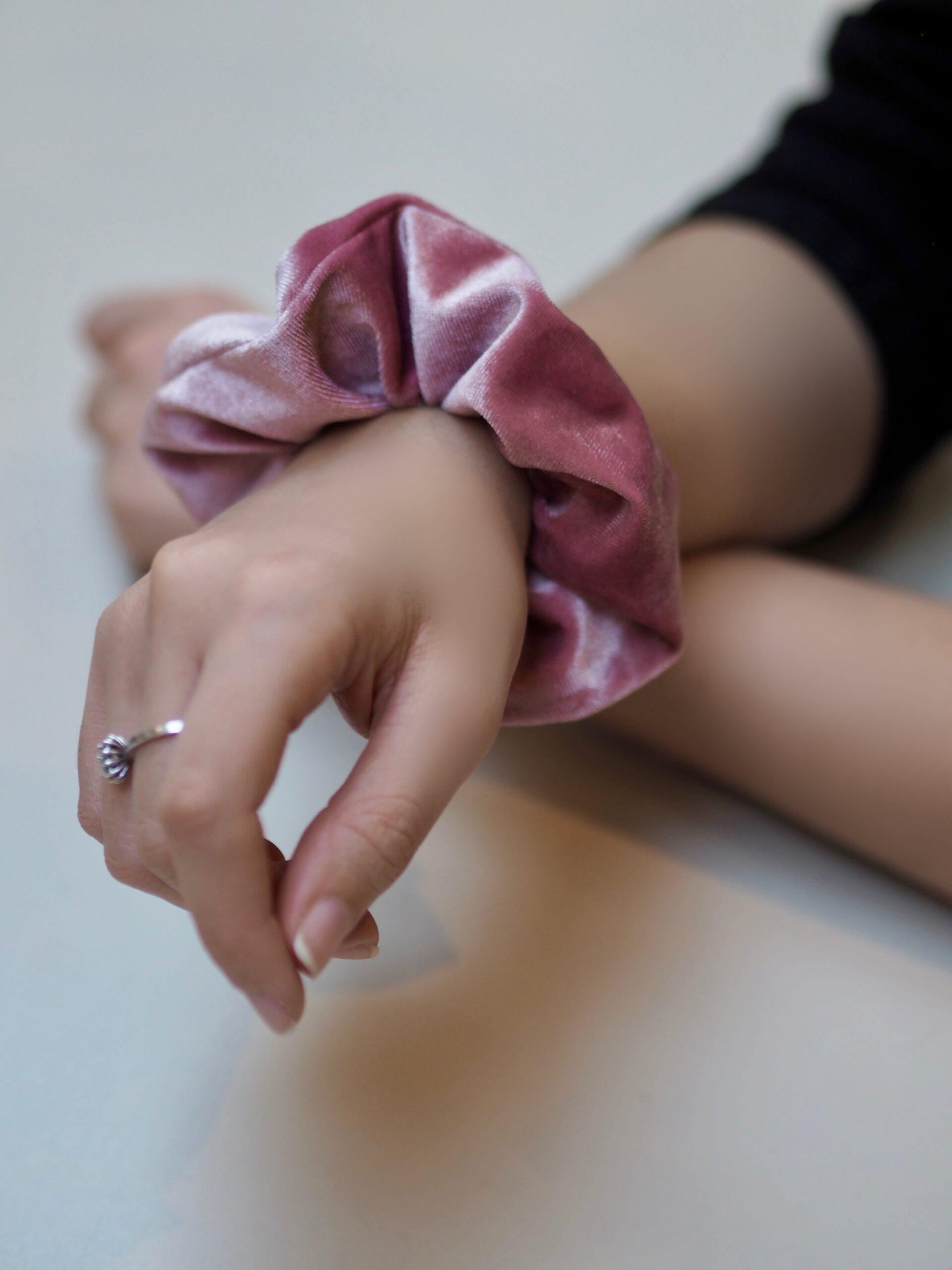 Large Dusky Pink Velvet Scrunchie Mu Du London